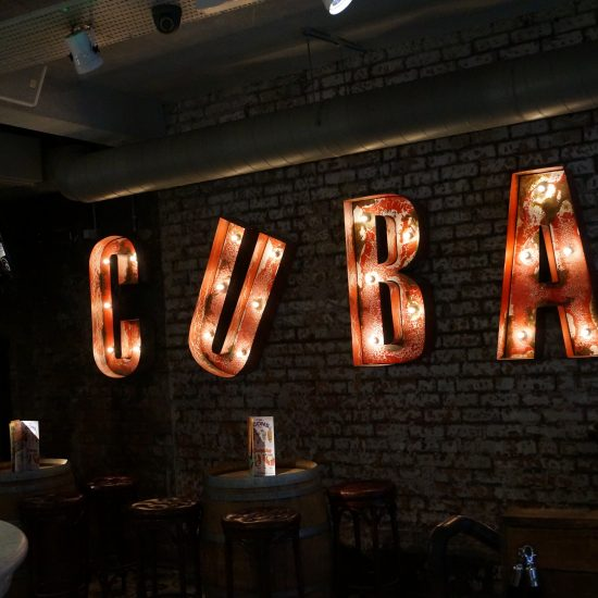 Revolución de Cuba, Manchester - Internal Illuminated Sign