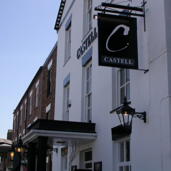 Castell, Caernarfon - Enterprise Inns - Projecting Sign